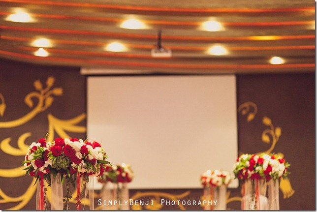 EJ&YW_Empire Hotel_Emperor Ballroom_Wedding Reception_009