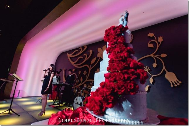 EJ&YW_Empire Hotel_Emperor Ballroom_Wedding Reception_025