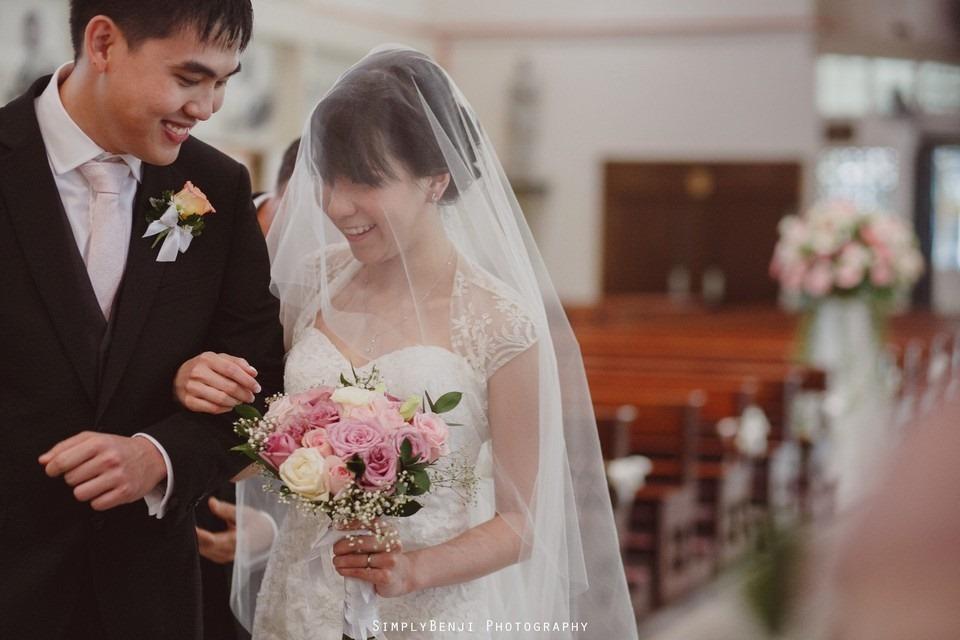 Church Wedding Ceremony Petaling Jaya St. Francis Xavier's SFX and Renaissance Hotel KL _KL Photographer_015