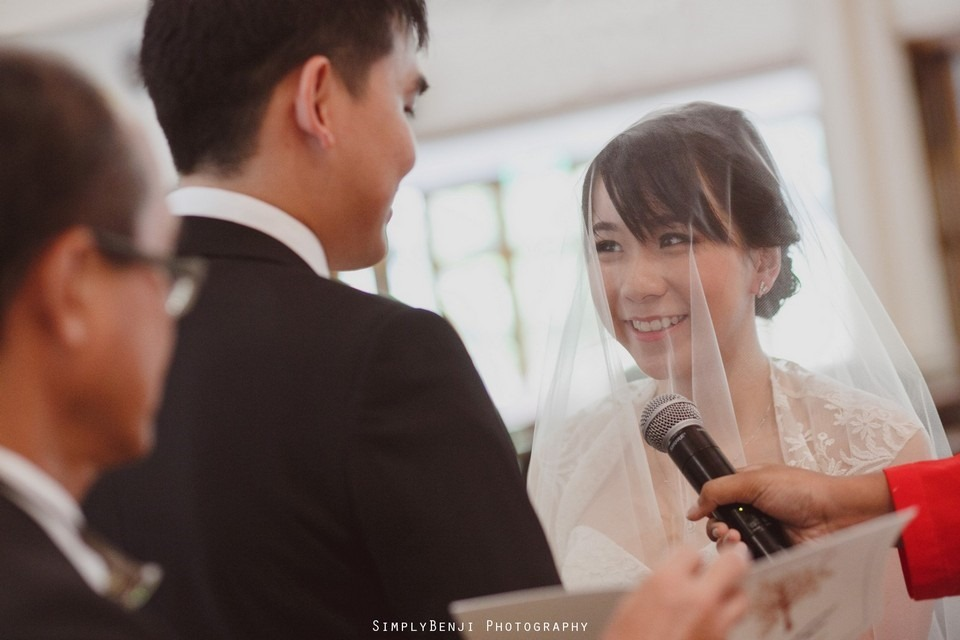 Church Wedding Ceremony Petaling Jaya St. Francis Xavier's SFX and Renaissance Hotel KL _KL Photographer_017