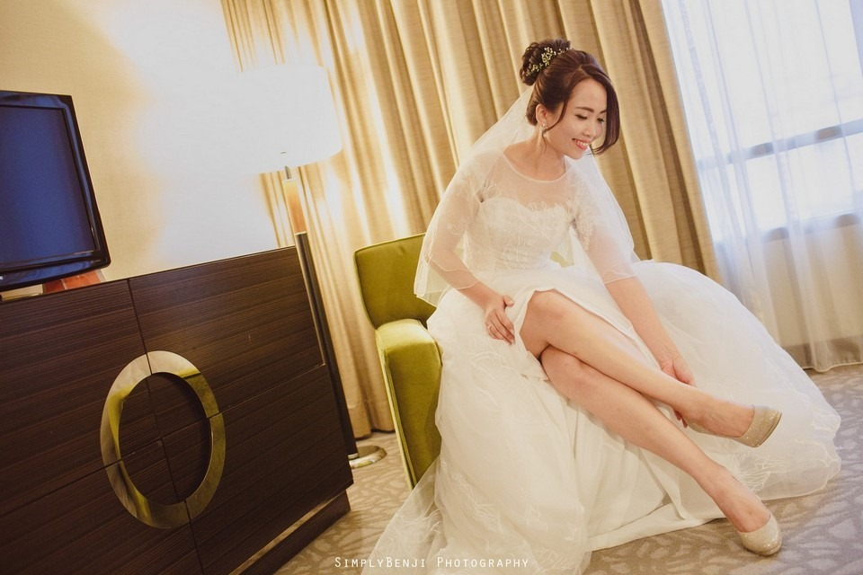 Gate Crashing Eastin Hotel ROM Kechara House Petalling Jaya Viva Home Kechara Restaurant_KL Malaysia Wedding Photographer_20171004074552_004920171004074552_004920171004074552_0049
