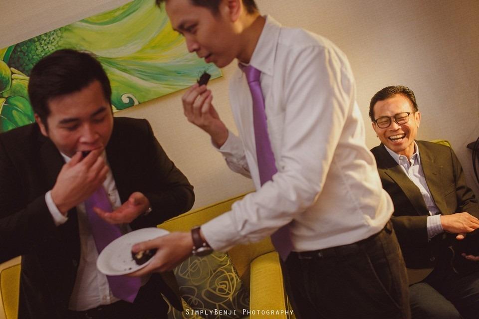 Gate Crashing Eastin Hotel ROM Kechara House Petalling Jaya Viva Home Kechara Restaurant_KL Malaysia Wedding Photographer_20171004092101_017220171004092101_017220171004092101_0172