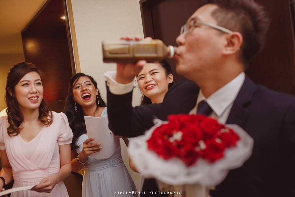 Gate Crashing Eastin Hotel ROM Kechara House Petalling Jaya Viva Home Kechara Restaurant_KL Malaysia Wedding Photographer_20171004092325_018920171004092325_018920171004092325_0189