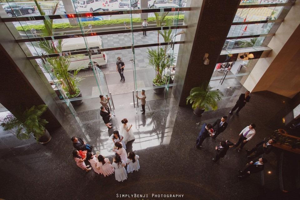 Gate Crashing Eastin Hotel ROM Kechara House Petalling Jaya Viva Home Kechara Restaurant_KL Malaysia Wedding Photographer_20171004102311_031120171004102311_031120171004102311_0311