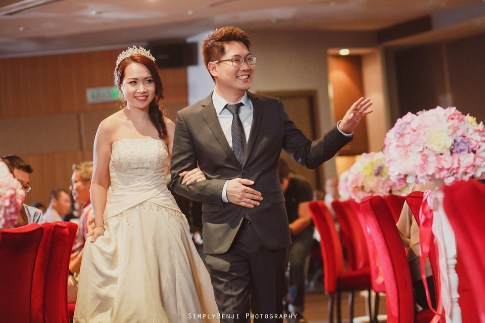 Gate Crashing Eastin Hotel ROM Kechara House Petalling Jaya Viva Home Kechara Restaurant_KL Malaysia Wedding Photographer_20171007194224_065520171007194224_065520171007194224_0655