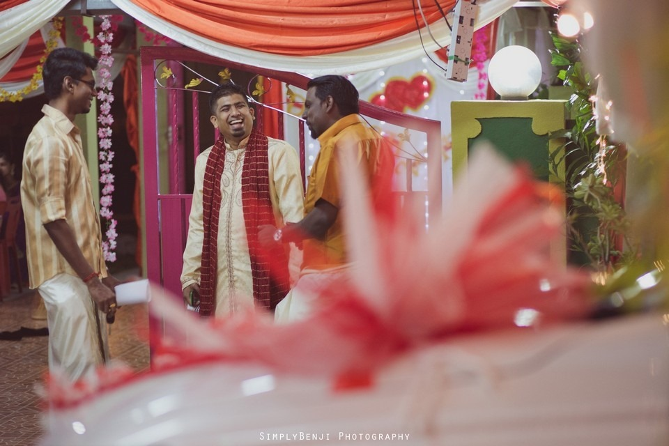 Tamil Hindu Wedding Ceremony at Railway Maha Ganapathy Temple and Reception at Adonis Bridal Ipoh_KL Photographer_043
