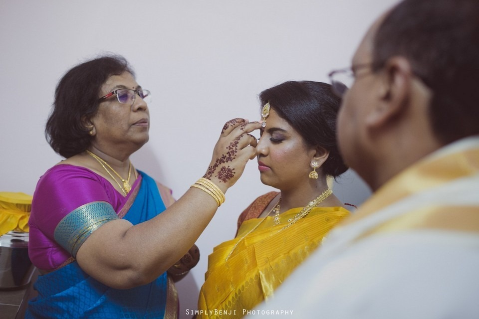 Tamil Hindu Wedding Ceremony at Railway Maha Ganapathy Temple and Reception at Adonis Bridal Ipoh_KL Photographer_046