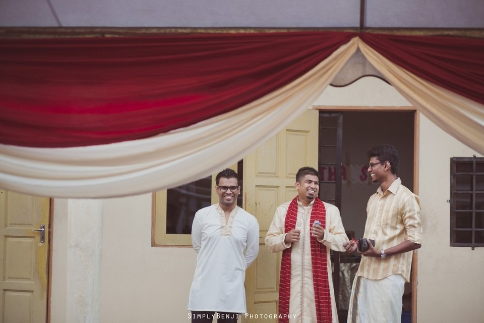 Tamil Hindu Wedding Ceremony at Railway Maha Ganapathy Temple and Reception at Adonis Bridal Ipoh_KL Photographer_061