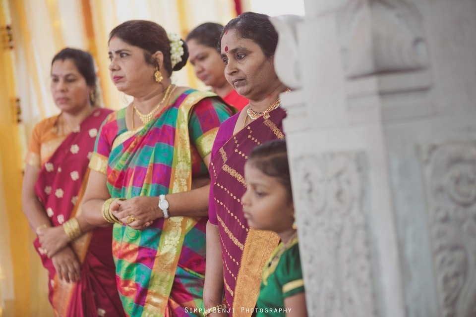 Tamil Hindu Wedding Ceremony at Railway Maha Ganapathy Temple and Reception at Adonis Bridal Ipoh_KL Photographer_077