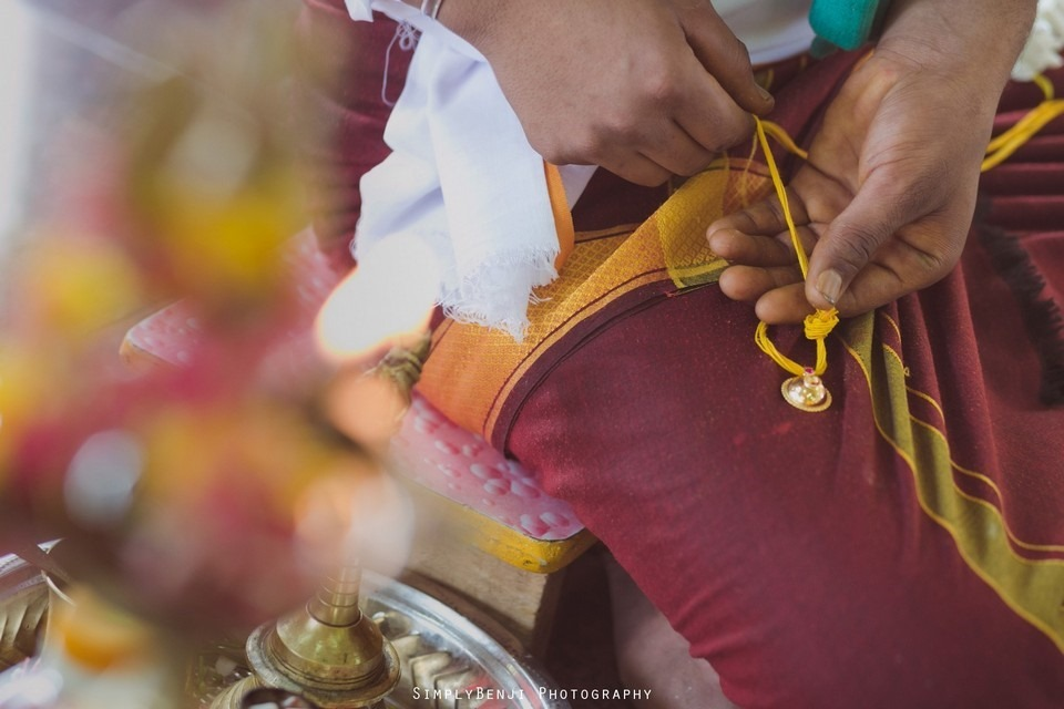 Tamil Hindu Wedding Ceremony at Railway Maha Ganapathy Temple and Reception at Adonis Bridal Ipoh_KL Photographer_154