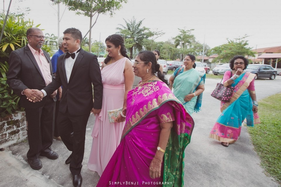 Tamil Hindu Wedding Ceremony at Railway Maha Ganapathy Temple and Reception at Adonis Bridal Ipoh_KL Photographer_244