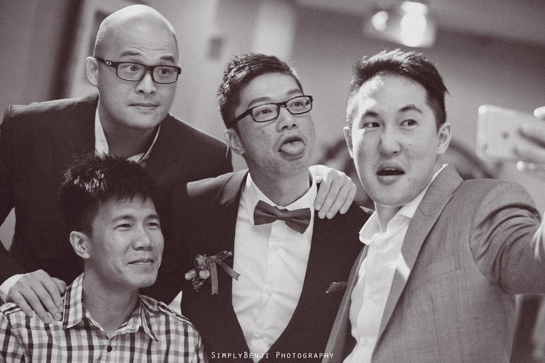 Chinese Wedding Gate Crashing at KM1 East Condominium & Wedding Reception at Concorde Hotel Kuala Lumpur_00039